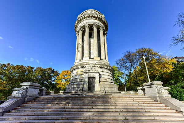 Soldiers' and Sailors' Monument in Riverside Park, NYC